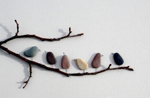 Das Haus mit Steine dekorieren und ausstatten