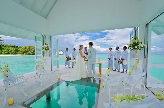 Mitten im Meer zu Heiraten ist kein Traum mehr sondern Wirklichkeit