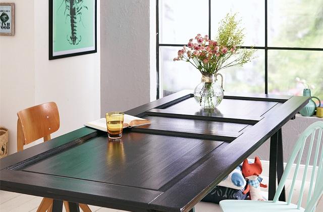 Verwandeln Sie eine Holztür in einen Tisch