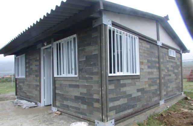 Die letzte Neuheit im Bauwesensektor: Ein Haus aus Plastikbacksteinen