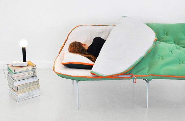 Der Schlafsack-Couch für echte Schlafmützen