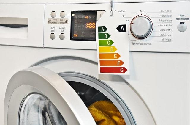 Wie man bei der Waschmaschine beim Strom sparen kann