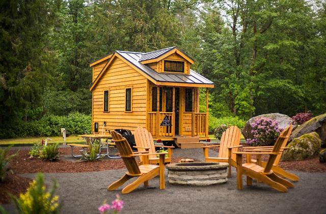 Alles hinter sich lassen und mit einem mobilen Minihaus die Welt bereisen