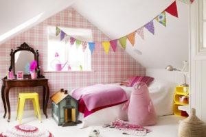 Wie man das Kinderzimmer auf originelle Art und Weise einrichtet