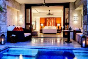 Luxus Schlafzimmer inklusiv Pool