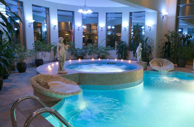 Luxus schlafzimmer mit pool  Luxus Schlafzimmer inklusiv Pool - Seite 3 von 3