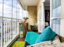 Einen geschlossenen Balkon einrichten; Fotos und Ideen